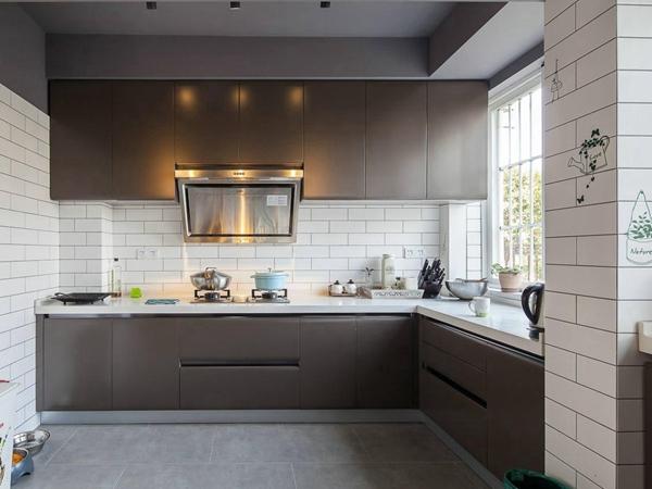 美式厨房墙砖效果图