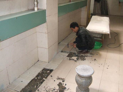 如何让地板砖更加光亮如新,有哪些修补方法?